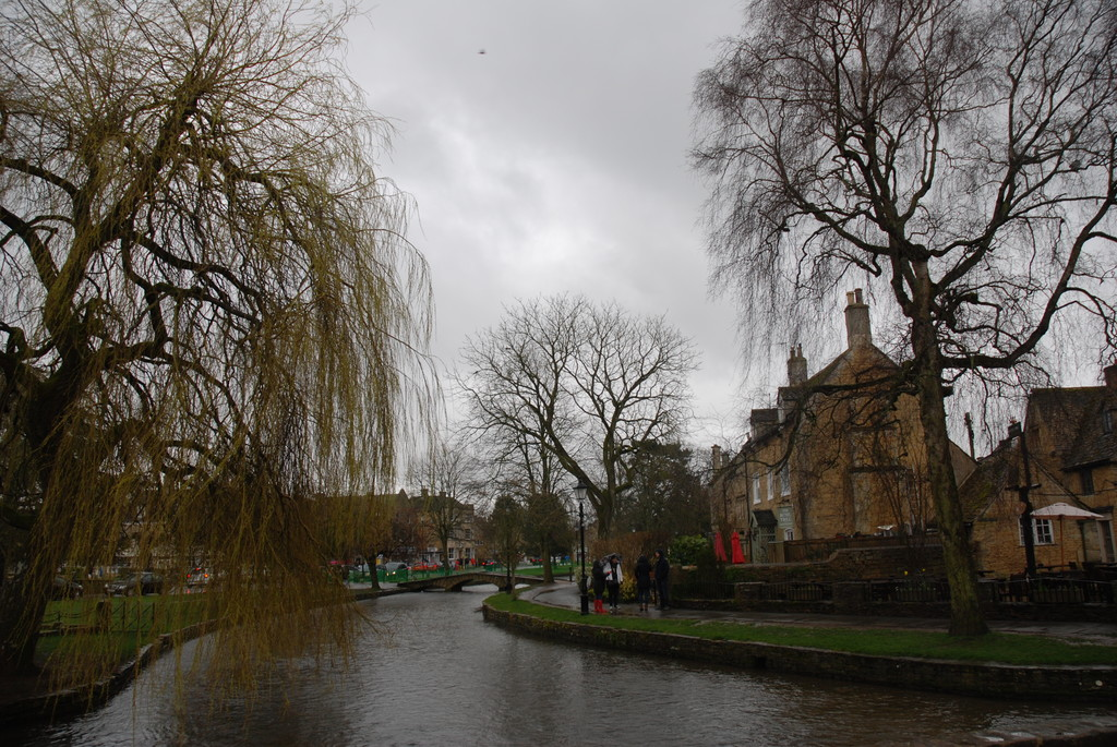 17.Bourton on the Water