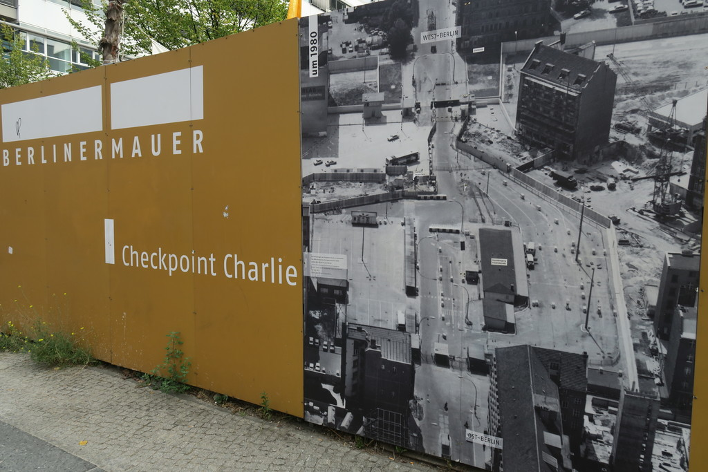 07.Checkpoint Charlie