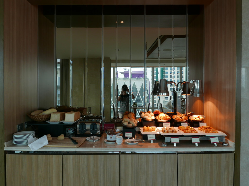 13.Eastin Grand Hotel Sathorn Bangkok
