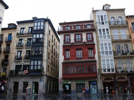 Recorriendo el casco viejo de Bilbao
